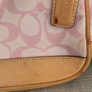 Coach Bags - Coach signature thank handbag with tan leather